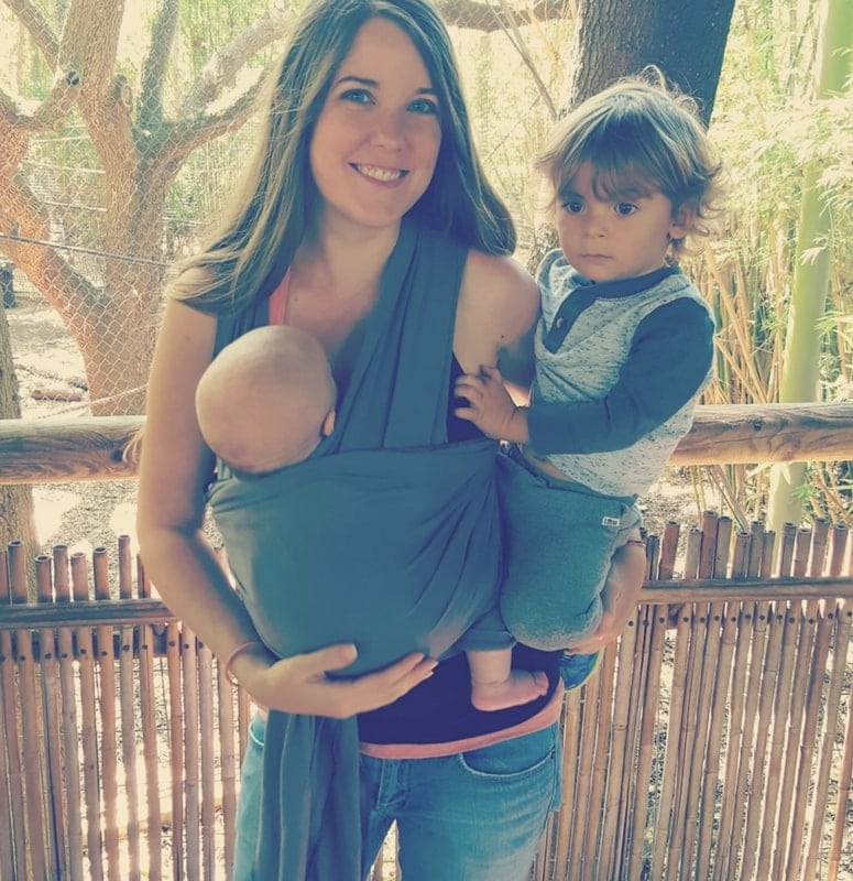 Baby Wearing can save your sanity as a new mom. Moby Wrap.