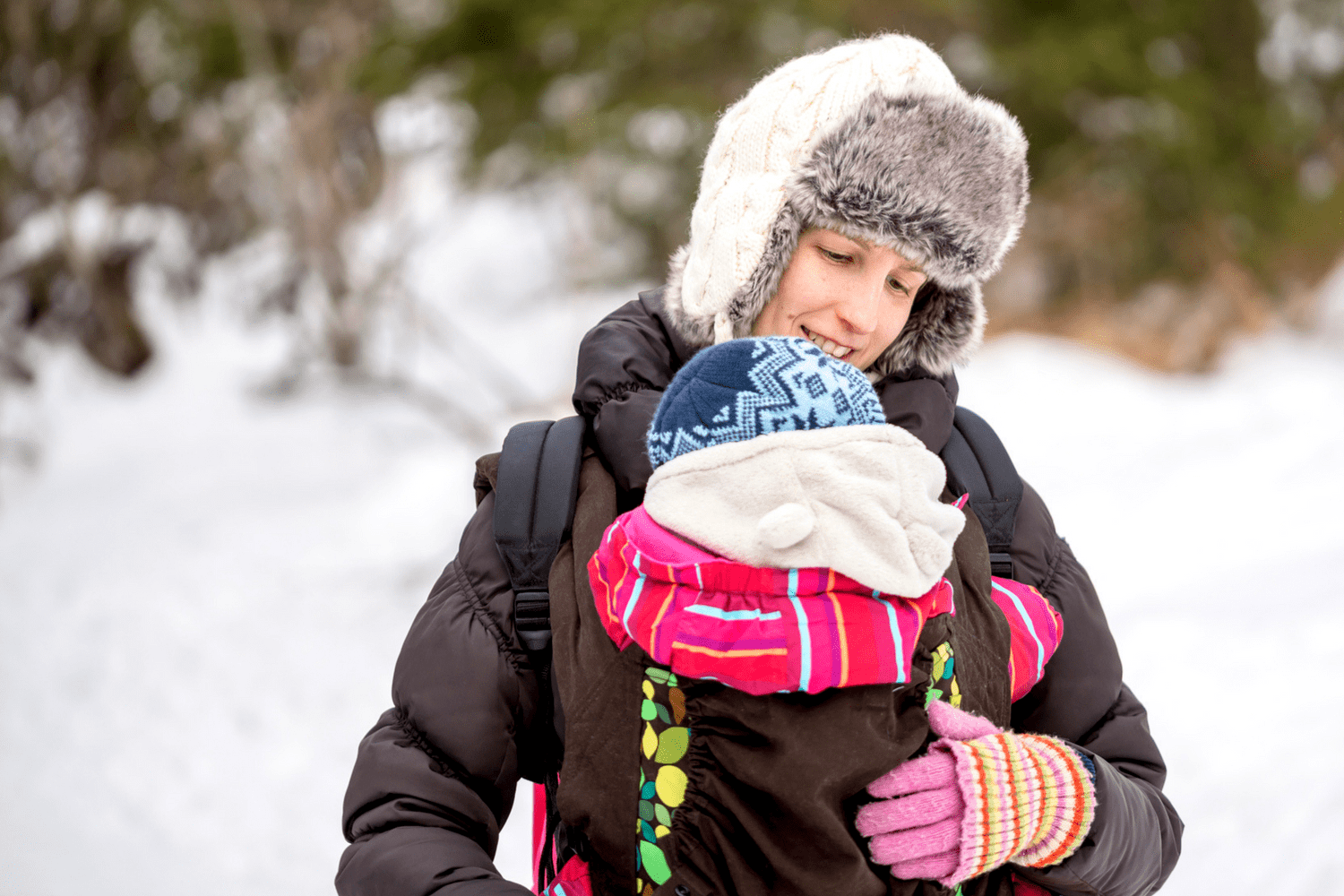 Baby carrier covers review. The best covers for winter or rain to keep your baby safe and comfortable.