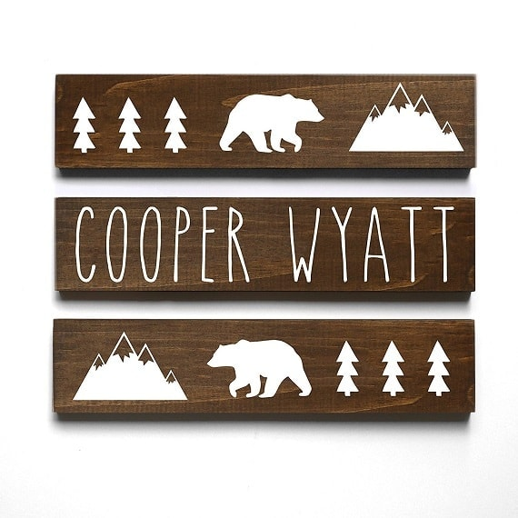 Woodland themed nursery decor. Perfect name display for outdoor themed nursery.